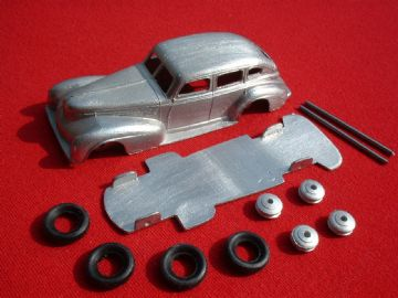 A DINKY TOYS COPY MODEL 39E CHRYSLER [ IN KIT FORM ]